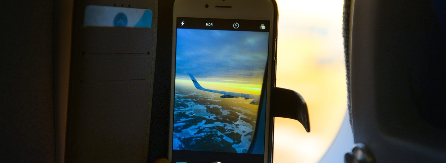 Never Again Let Your Phone Do This on a Flight