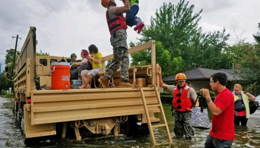 Stuck in Flood Pregnant Woman Turns to Facebook for Help Instead of 911