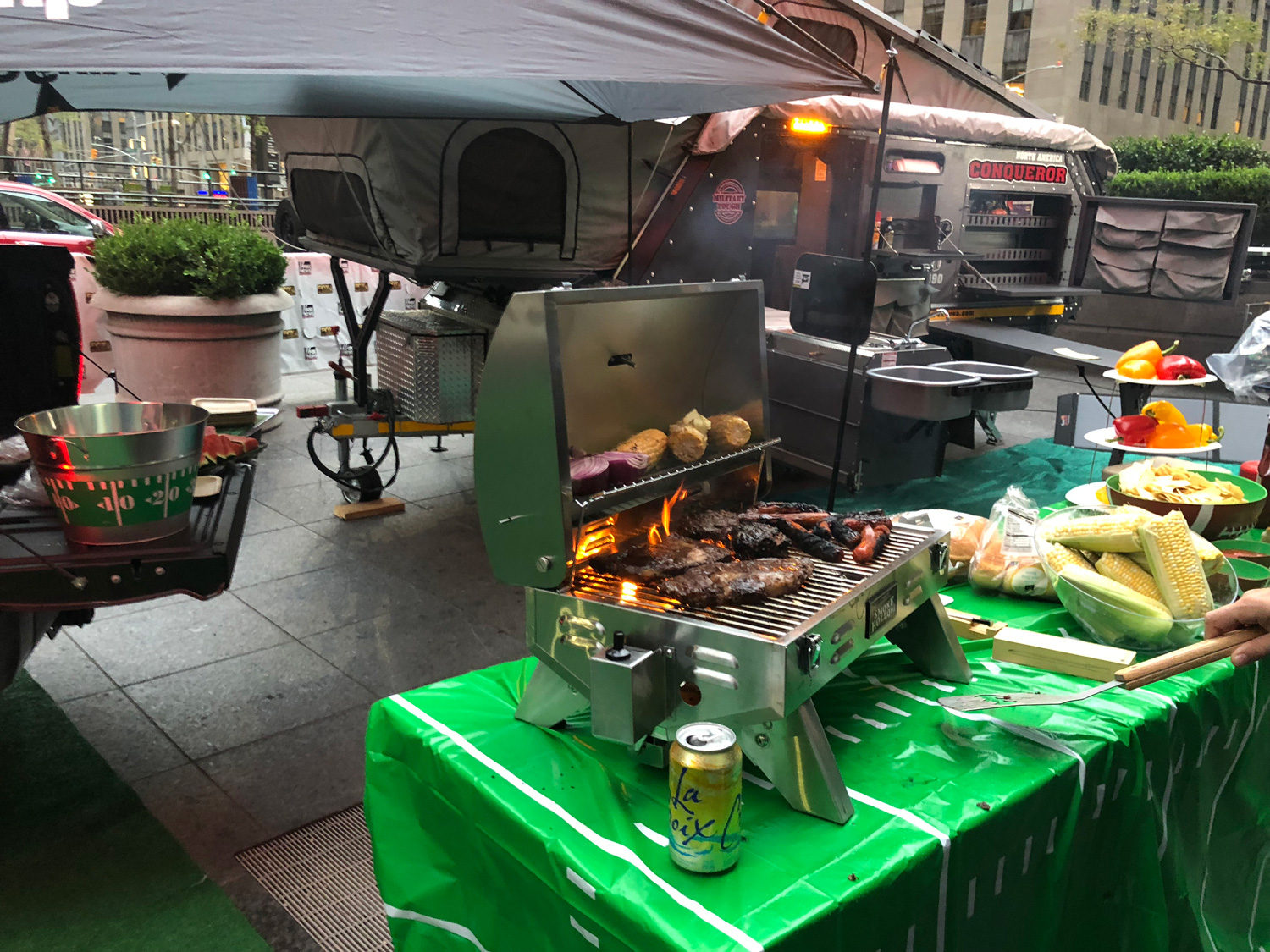 How To Tech Your Tailgate Party Just Right